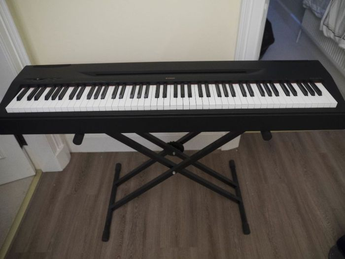 Yamaha Electronic Piano P-60